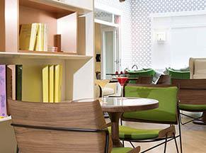 Yota agencement d'hôtels, restaurants, magasins